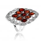 Stříbrný prsten se zirkony (kubická zirkonie) a devíti granáty (almandiny