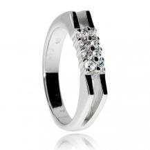 Stříbrný prsten se zirkony (kubická zirkonie), dvě hrany