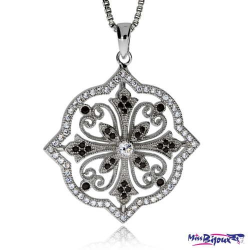 Stříbrný přívěsek se zirkony (kubická zirkonie) zdobný ornament