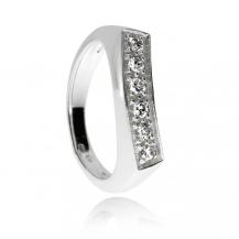 Stříbrný prsten se zirkony (cubic zirconia) třpytivý proužek