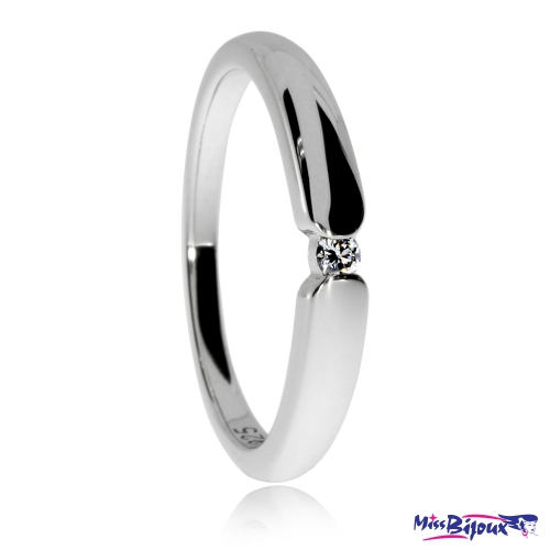 Stříbrný prsten s diamantem - 0,03 ct, SI1/G, průměr 2 mm