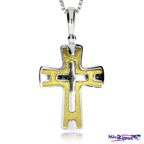 Stříbrný přívěsek ve tvaru kříže částečně zlacený