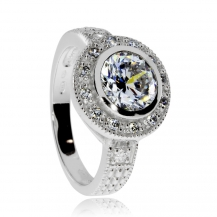 Stříbrný prsten se zirkony (kubická zirkonie