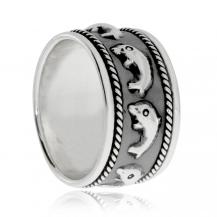 Stříbrný prsten s delfíny