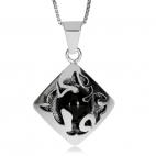 Stříbrný přívěsek s onyxem - Čtverec na koso