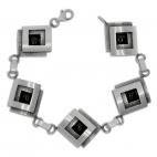 Stříbrný náramek - Větší čtverce zdobené onyxem