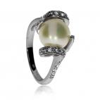 Stříbrný prsten s říční perlou