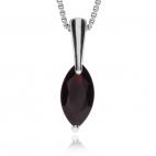 Stříbrný přívěsek - Delší šperk s granátem ve tvaru markýzy